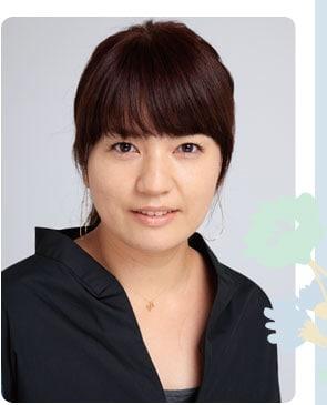 ヘア&メイクアップアーティスト 酒井 真弓さん