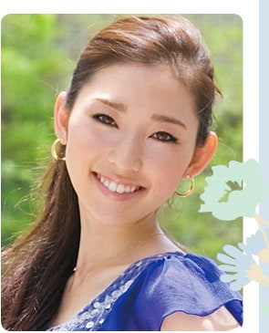 モデル 殿柿佳奈さん