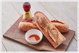 フランスパンとニョクマムが決め手