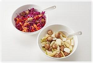 調味料と豚こまボベビーコーンはさっと塩茹でして半分にに切ります。豆は茹でておくか、あらかじめ茹でられたサラダ用のものをお使いください。