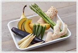 旬の野菜など素材は自由に