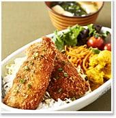 """頭の良くなる青魚をもっと食べよう!<br>""""アジフライソースかつ丼"""""""